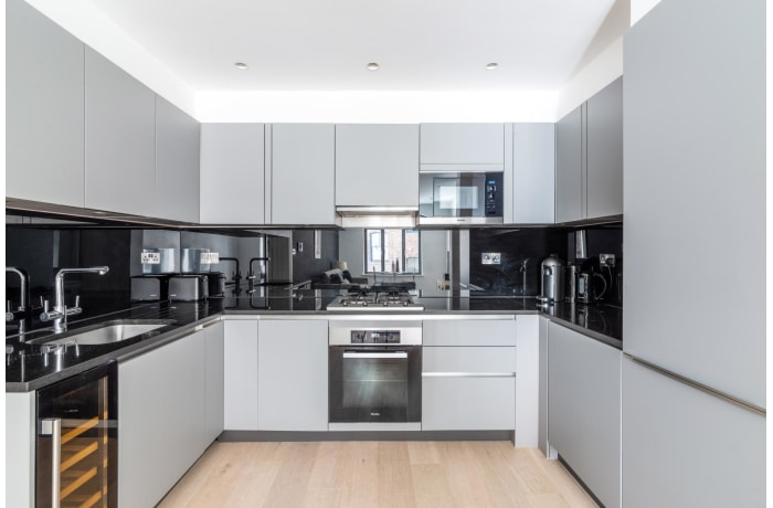 Apartment in Bourlet Close, Fitzrovia - 4