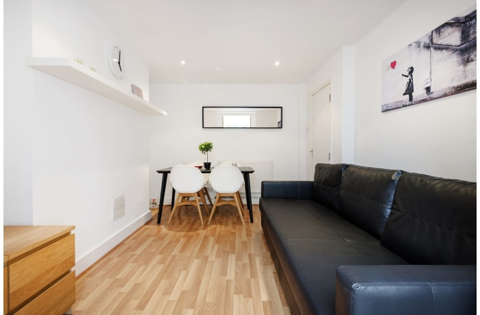Apartment in Angel Garden, Islington - 3