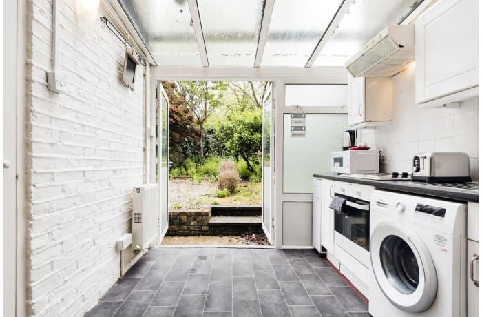 Apartment in Angel Garden, Islington - 8