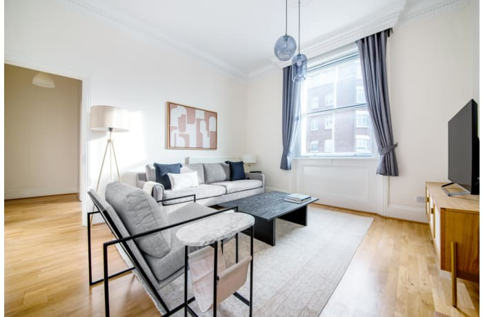 Apartment in Glendower, Kensington - 0