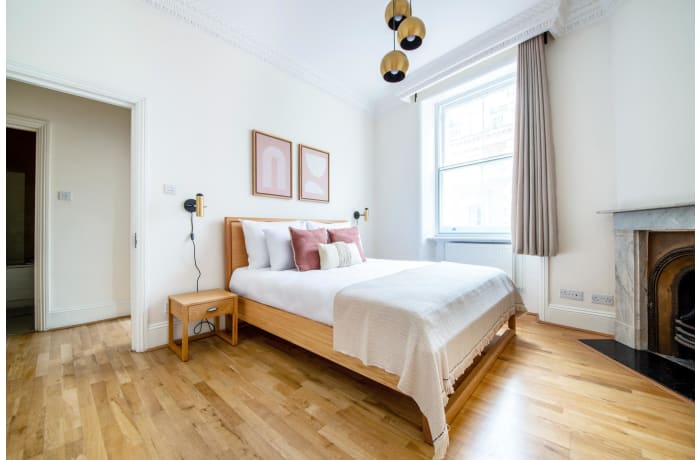 Apartment in Glendower, Kensington - 6