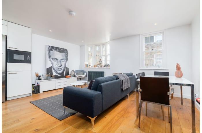 Apartment in West Kensington, Kensington - 24