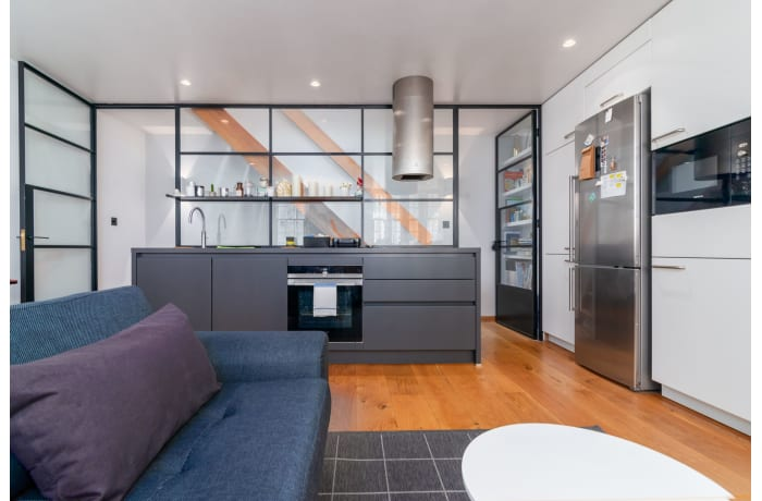 Apartment in West Kensington, Kensington - 8