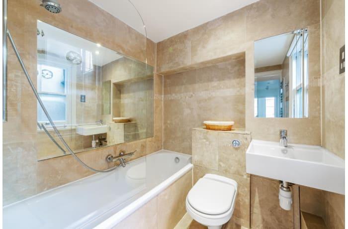 Apartment in Nottingham Place, Marylebone - 10