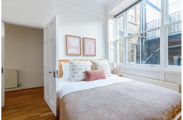 Apartment in Nottingham Place, Marylebone - 8
