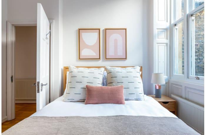 Apartment in Nottingham Place, Marylebone - 6