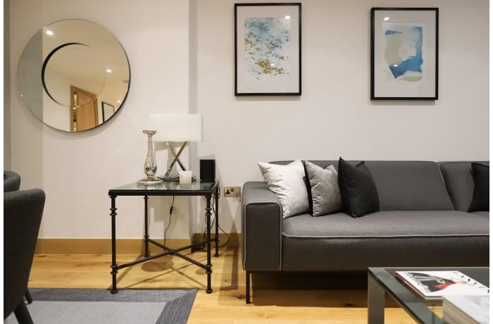 Apartment in Paddington View, Paddington - 0
