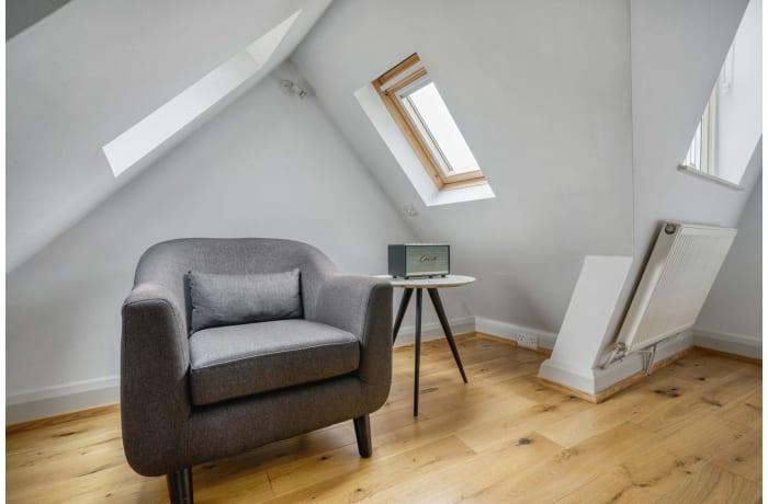 Apartment in Bateman V, Soho - 3