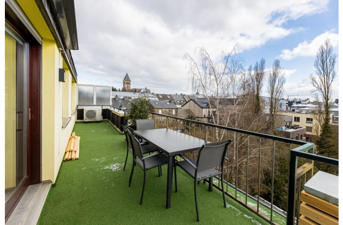Apartment in Ermesinde Penthouse, Limpertsberg - 11