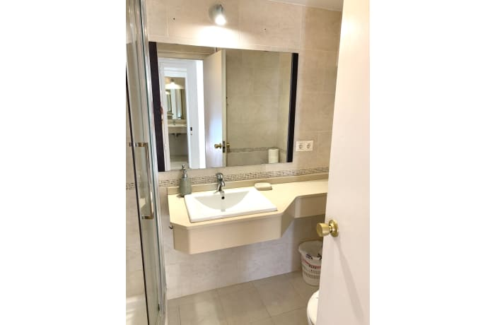Apartment in Arias Deluxe VI, Marbella - 10