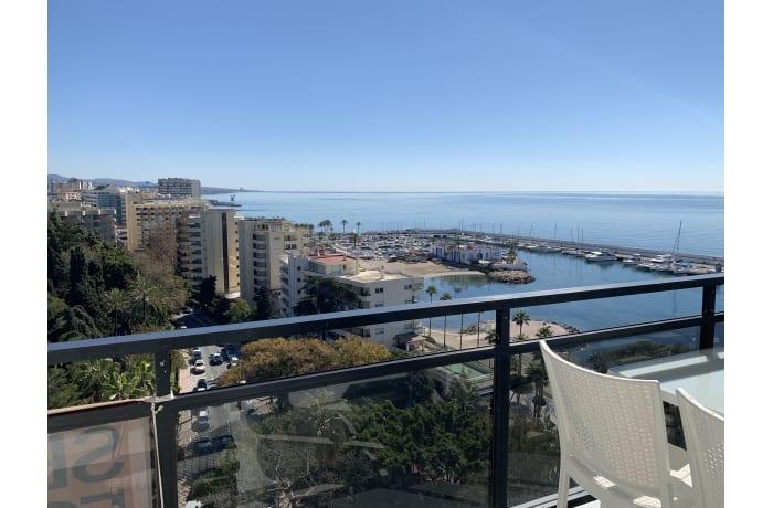 Apartment in Arias Superior II, Marbella - 11
