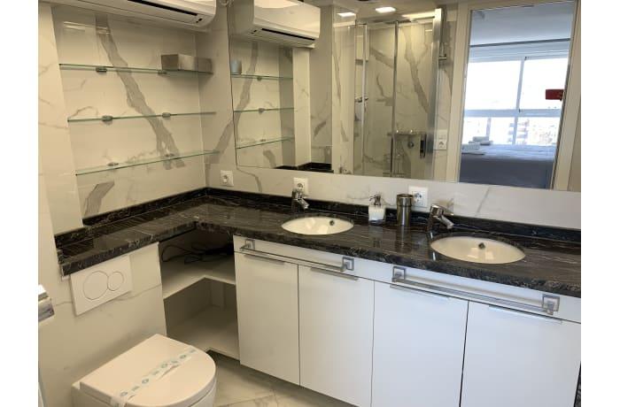 Apartment in Arias Superior II, Marbella - 18