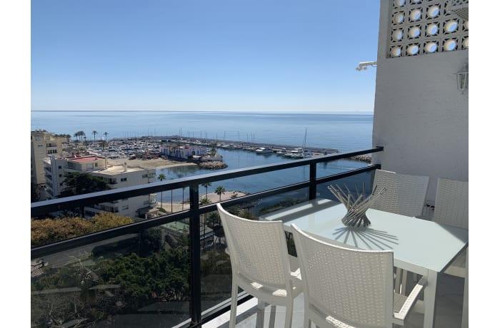 Apartment in Arias Superior II, Marbella - 12