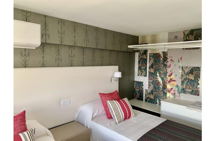 Apartment in Arias Superior, Marbella - 10