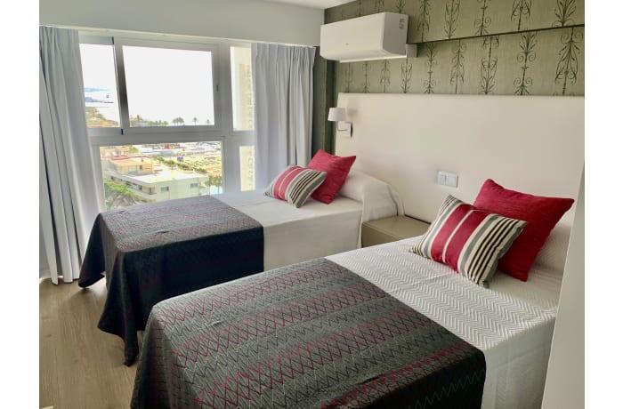 Apartment in Arias Superior, Marbella - 9