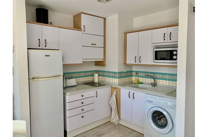 Apartment in Arias, Marbella - 10