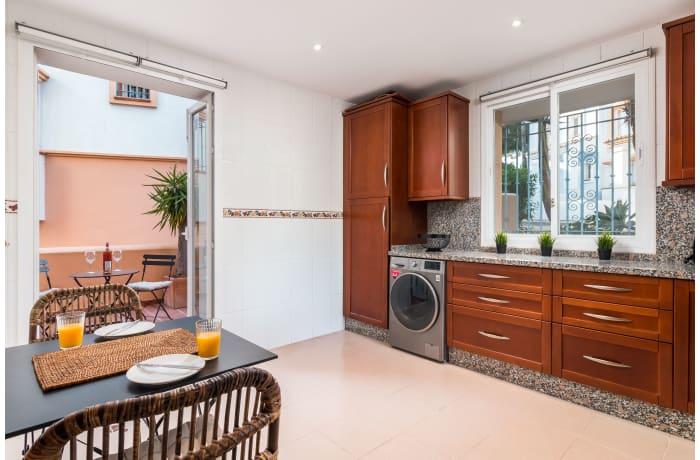 Apartment in Casa Aloha, Marbella - 5