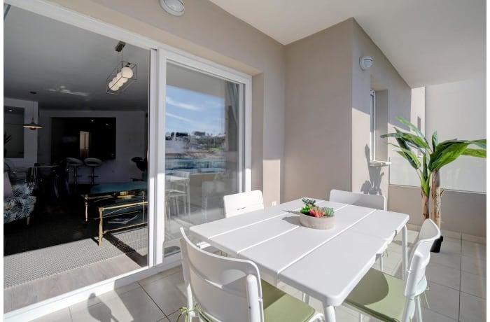 Apartment in Albatross Hills, Nueva Andalucia - 11