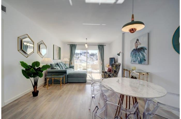 Apartment in Albatross Hills, Nueva Andalucia - 2
