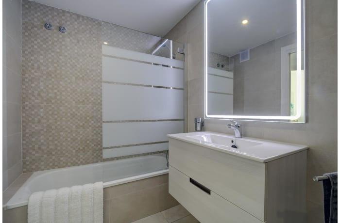 Apartment in Albatross Hills, Nueva Andalucia - 6