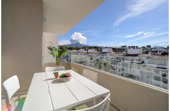 Apartment in Albatross Hills, Nueva Andalucia - 10