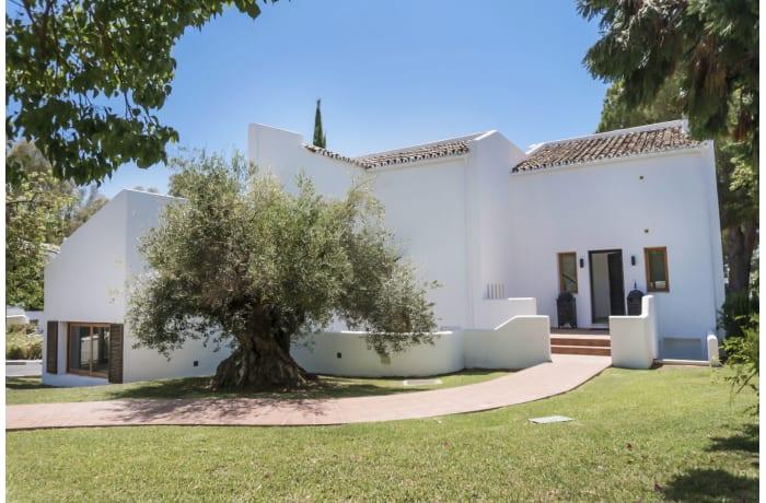 Apartment in Casa Le Village, Nueva Andalucia - 2
