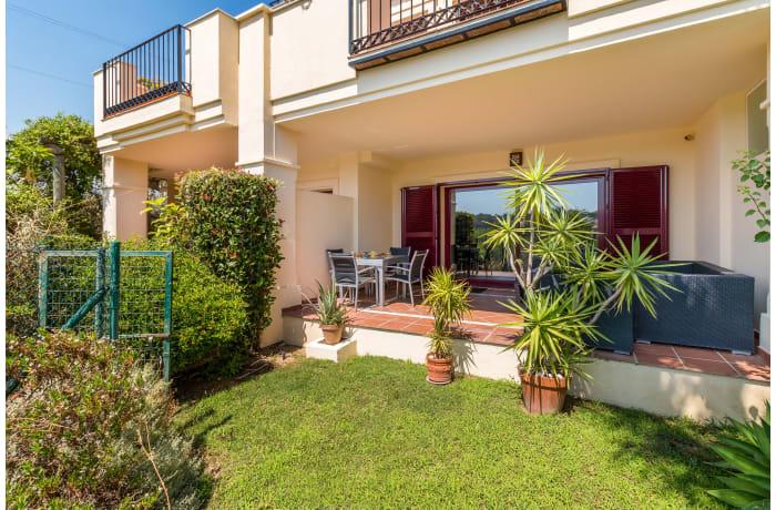 Apartment in Hacienda El Palmeral, Nueva Andalucia - 0