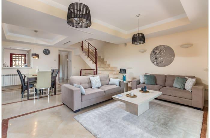 Apartment in Hacienda El Palmeral, Nueva Andalucia - 1
