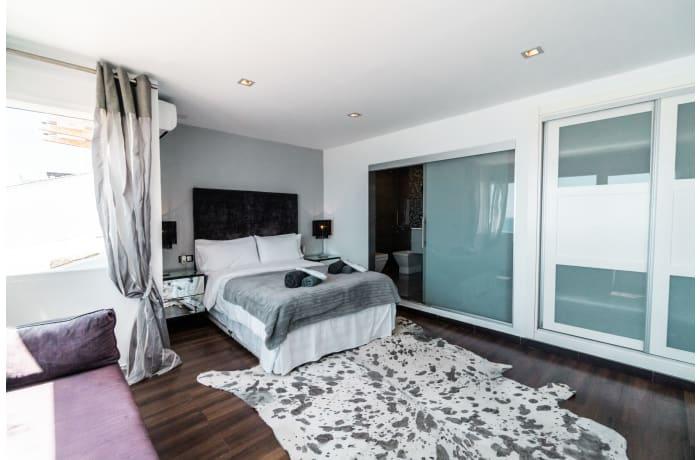 Apartment in Casa Banus, Puerto Banus - 12