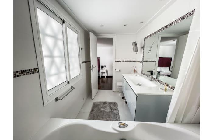 Apartment in Casa Banus, Puerto Banus - 11