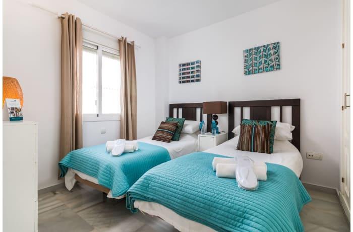 Apartment in Los Naranjos, Puerto Banus - 14