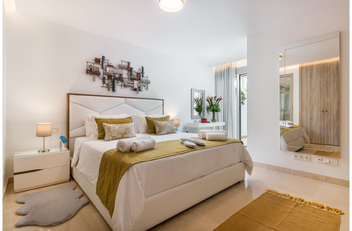 Apartment in Royal Banus I, Puerto Banus - 6