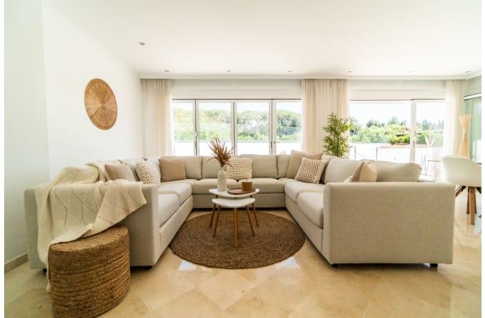 Apartment in Villa La Sala, Puerto Banus - 4