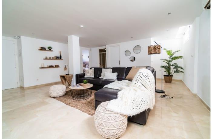Apartment in Villa La Sala, Puerto Banus - 14