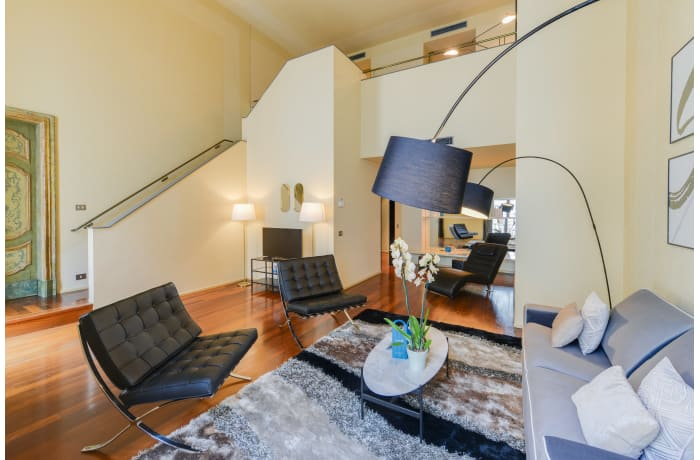 Apartment in Romagnosi III, Duomo - 1