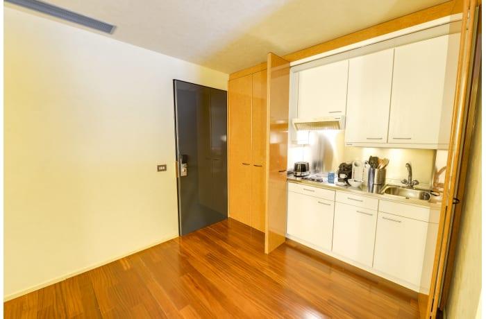 Apartment in Romagnosi III, Duomo - 12