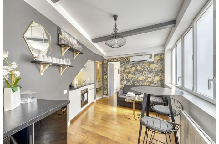 Apartment in Montmartre II, Butte Montmartre (18e) - 1