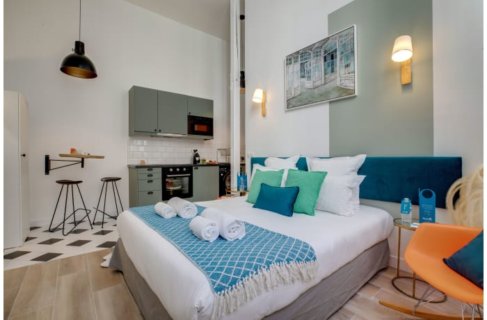 Apartment in Compiegne I, Canal Saint-Martin - 1
