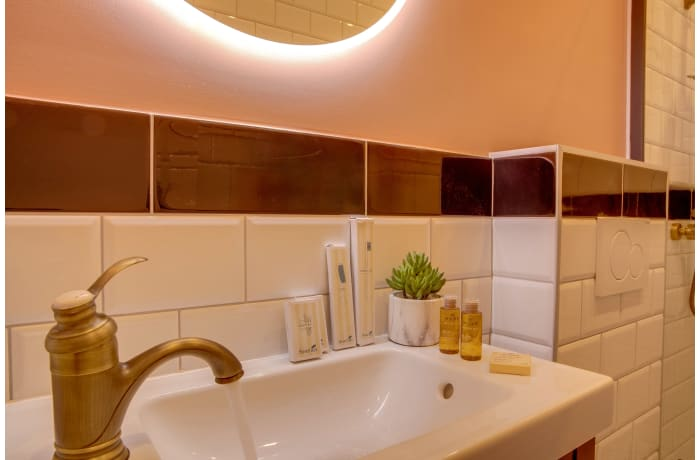 Apartment in Compiegne I, Canal Saint-Martin - 16
