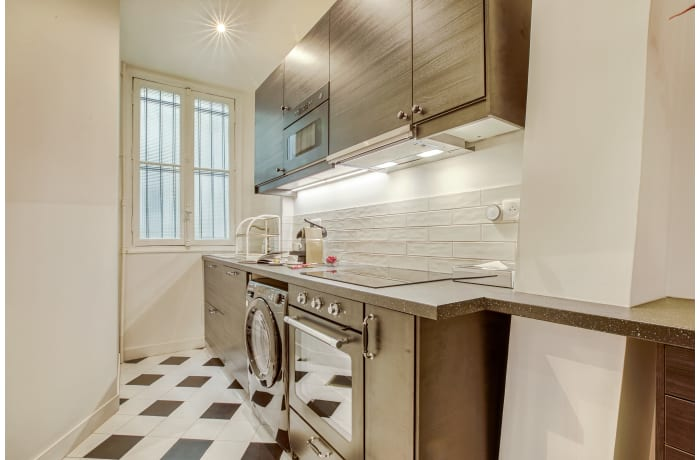 Apartment in Compiegne II, Canal Saint-Martin - 8