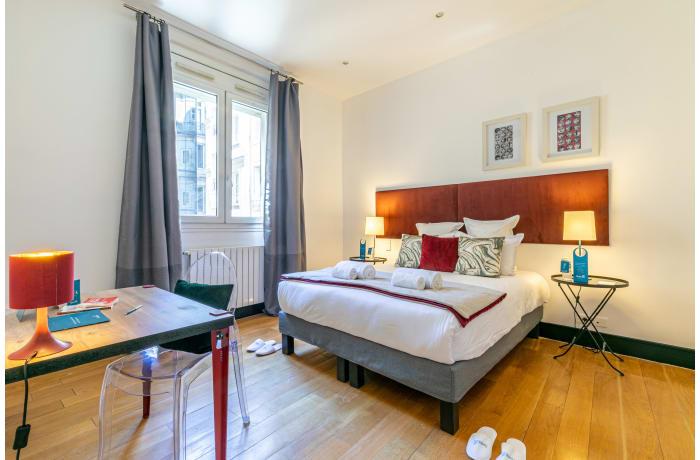 Apartment in Cerisoles F, Champs-Elysées (8e) - 13