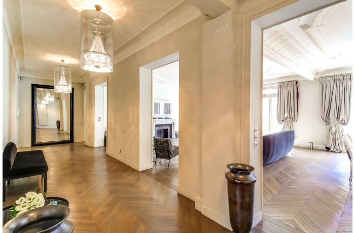 Apartment in Montaigne I, Champs-Elysées (8e) - 9