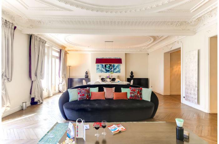 Apartment in Montaigne I, Champs-Elysées (8e) - 3