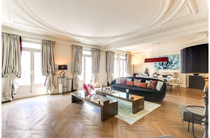 Apartment in Montaigne I, Champs-Elysées (8e) - 1