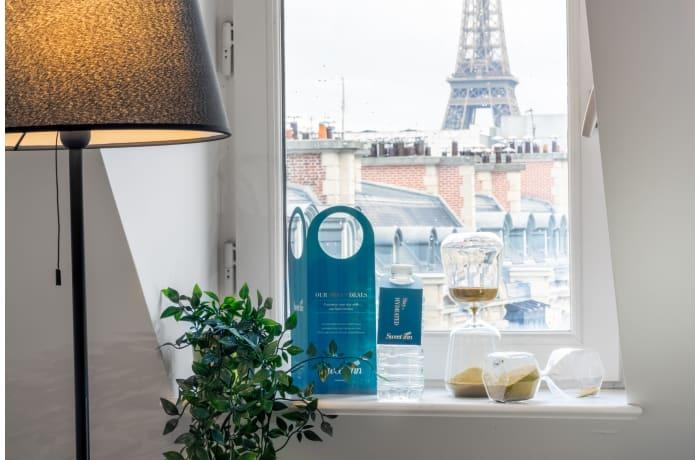 Apartment in Montaigne IV, Champs-Elysées (8e) - 0