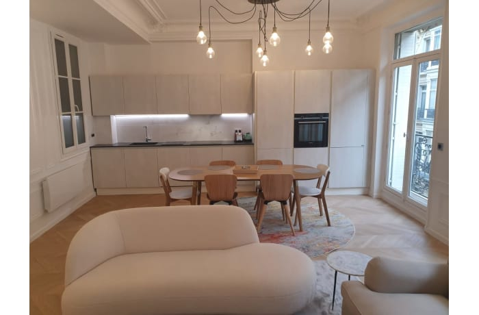 Apartment in Triangle dOr, Champs-Elysées (8e) - 0