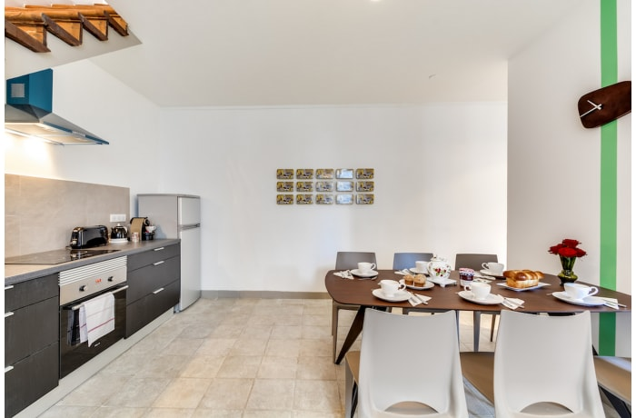 Apartment in Ponthieu III, Champs-Elysées (8e) - 8