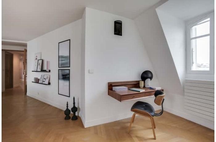 Apartment in Victor Hugo Luxury, Tour Eiffel - Trocadero (16e) - 16