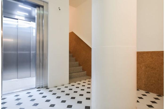Apartment in Galeria Studio I, Miragaia - 14