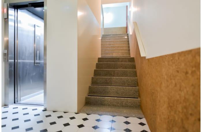 Apartment in Galeria Studio II, Miragaia - 17